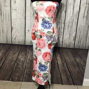 FashionNova floral print dress size Medium